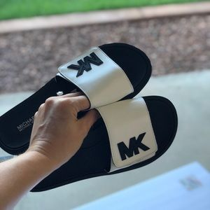 NWOT - Michael Kors sandals
